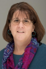 Sue Russell headshot